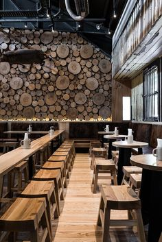 New Wall Design Restaurant Interiors Floors 19 Ideas Brewery Design, Cafe Design, Rustic Design, Rustic Art, Rustic Theme, Rustic Modern, Rustic Style, Bar Interior, Restaurant Interior Design