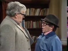 Ronnie Corbett, Ronnie Barker. CLASSIC. Two Ronnies. BEST Library Sketch...