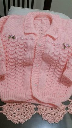 Baby Cardigan Knitting Pattern Free, Crochet Cardigan, Baby Knitting Patterns, Baby Patterns, Knit Crochet, Baby Girl Dresses, Baby Dress, Baby Pullover, Baby Layette