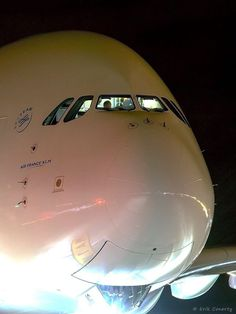 A diverted Air France flight marked the first time an – the world's largest passenger jet – has ever landed at Denver, according to airport officials. Commercial Plane, Commercial Aircraft, Airbus A380, Boeing 777, Emirates Cabin Crew, Denver Airport, Airplane Wallpaper, General Knowledge Book, Train Car
