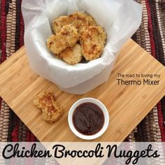 My kiddies love nuggets. I love that I can hide a range of goodies in them and they gobble them down. Now the broccoli isn't entirely hidden. You can see green