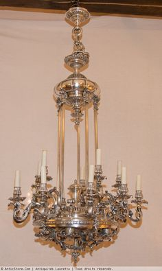 Large Regency style silvered bronze chandelier of the late 19th century