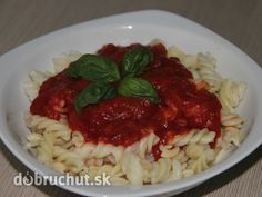 Cestoviny s paradajkovo cuketovou omáčkou Grains, Spaghetti, Rice, Ethnic Recipes, Food, Meal, Essen, Hoods, Meals