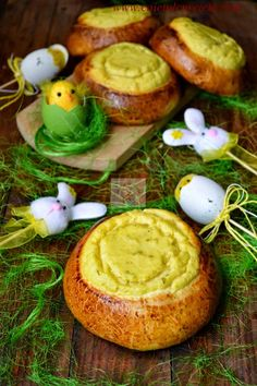Pascute cu branza dulce si limeta   CAIETUL CU RETETE Baked Potato, Potatoes, Eggs, Baking, Breakfast, Ethnic Recipes, Desserts, Party Recipes, Food