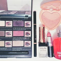 Make-up routine!! 👄 #photo #makeup #me #girl #beautifull #amoramor #sephora #toofaced #ivesaintlaurent #mac  #lina.bennn