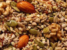 Hidratarea (inmuierea) nucilor, semintelor si a fructelor uscate