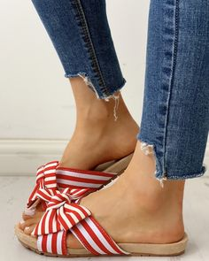 Open Toe Bowknot Design Flat Sandals Shop- Women's Best Online Shopping - Offering Huge Discounts on Dresses, Lingerie , Jumpsuits , Swimwear, Tops and More. Flat Gladiator Sandals, Braid Designs, Shoes World, Cute Sandals, Me Too Shoes, Women's Shoes, Pattern Fashion, Trendy Outfits, Open Toe