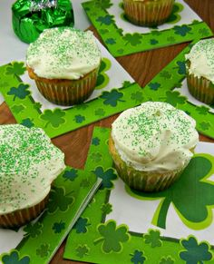 Irish Surprise Cupcakes. White cake on the outside, green on the inside! Recipe posted @ thetastyfork.com