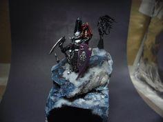 Warhammer FB | Dark Elves | Noble #warhammer #aos #ageofsigmar #gw #wh #gamesworkshop #wellofeternity #miniatures #wargaming #hobby #whfb #fantasy