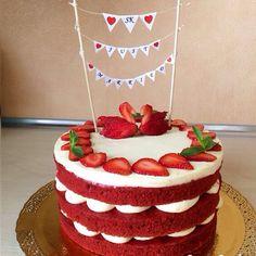 """Торт """"Красный Бархат"""". Яркий, страстный торт с нежным шоколадным вкусом. Автор instagram.com/etoros022_cake"""
