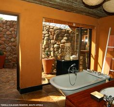 Tswalu - bathrooms at The Motse have indoor and outdoor showers!