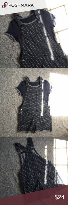 NWOT Polka Dot Overalls American Eagle polka dot overalls (gray with light blue dots). Very comfortable and rather stretchy, size small (size 2-4) baggy style, not fitted. Never worn!! Little blue tshirt is also for sale, bundle to save!! American Eagle Outfitters Pants Jumpsuits & Rompers