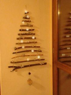 Albero di Natale a parete fatto in casa