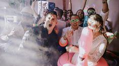 La fiesta de tu boda con temática pool party, kits de piscina, flotadores y mucha diversión. Crown, Party, Bobbers, Weddings, Corona, Parties, Crowns, Crown Royal Bags