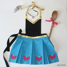 Dress Up Aprons, Dress Up Outfits, Dress Up Costumes, Girl Outfits, Princess Aprons, Disney Princess Dresses, Princess Costumes, Disney Aprons, Dress Up Storage