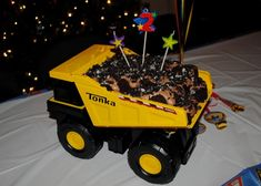 Excellent Picture of Dump Truck Birthday Cake . Dump Truck Birthday Cake Mud Trifle And A Dump Truck Birthday Cake Dump Truck Cakes, Truck Birthday Cakes, Happy Birthday Cakes, Birthday Fun, Birthday Ideas, Tractor Birthday, Dump Trucks, Dirt Cake, Cake Decorating For Kids