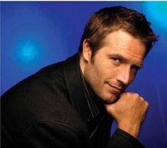 Michael Vartan ~ rugged, masculine, guy next door....want him!