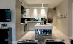 Luxury Kitchens, Small Apartments, Kitchen Design, Best Interior, Lighted Bathroom Mirror, Interior, House, Kitchen, Home Decor
