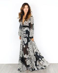 Maxi dress define