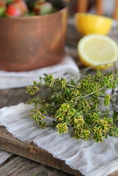 Nessa's Family Kitchen: Lemon Rhubarb Crumble