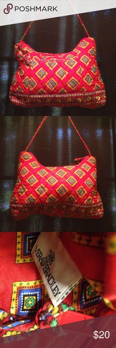 RARE RETIRED Villa Red Vera Bradley Small Purse Really great condition! Vintage Vera Bradley. No stains!! Little signs of use!! SUPER HARD TO FIND!! Vera Bradley Bags Mini Bags