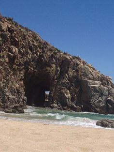 Playa grande de Tunquén, Chile