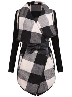Black and white long sleeve plaid coat with belt Plaid Coat, Belted Coat, Trench Coats, Plaid Scarf, Wool Coats, Fashion Moda, Look Fashion, Womens Fashion, Fashion Check