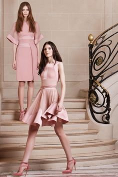 http://www.style.com/slideshows/fashion-shows/pre-fall-2014/elie-saab/collection/10