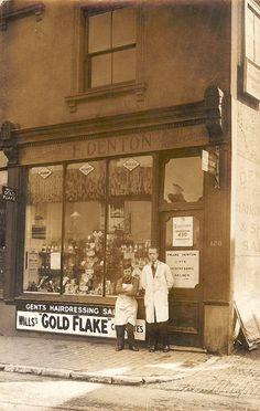 Now Ian Relf Antiques. Old Pictures, Old Photos, Vintage Photos, Camden Road, Side Road, Tunbridge Wells, Old Street, Street Furniture, Special Interest