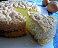 Homemade Sponge Cake Recipe (Banh Bong Lan) - Viet World Kitchen Sponge Cake Recipes, Asian Desserts, Baking Tins, Let Them Eat Cake, Cupcake Cakes, Dessert Recipes, Pie Recipes, Cooking Recipes, Bakery