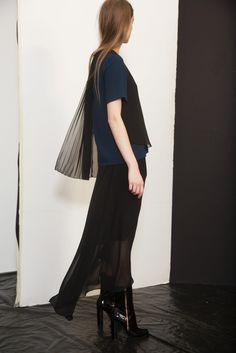 Cédric Charlier Pre-Fall 2014 - Collection - Gallery - Look 1 - Style.com