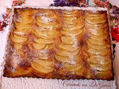 Pastel de pera y manzana    A parte de que para mi no hay nada como un pastel de frutas y de que después de haber probado muchos, mucho...