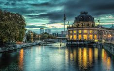 Berlin Wallpaper ~ Sdeerwallpaper