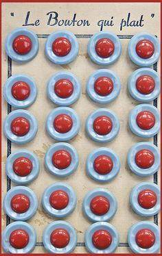 ButtonArtMuseum.com - VIntage Red and Aqua buttons