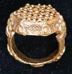 Ring from Iran, 12th-13th century, cast gold, engraved and granulated