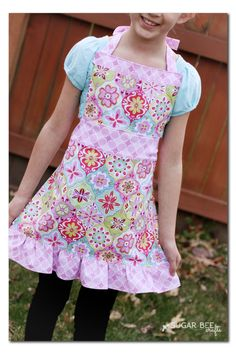 Girl's Apron Tutorial - Sugar Bee Crafts                                                                                                                                                                                 More