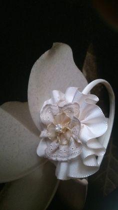 diadema comunion arras en beige de Errederosa complementos por DaWanda.com