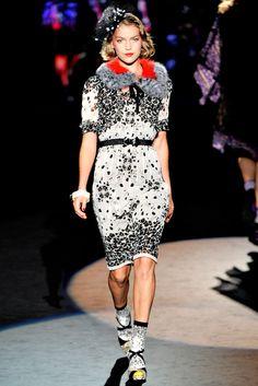 d5147f17f66 Anna Sui Spring 2012 Ready-to-Wear Fashion Show