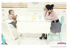 Keeping up with the Kardashians stars Kourtney and Mason loving their Stokke Tripp Trapp family moments!