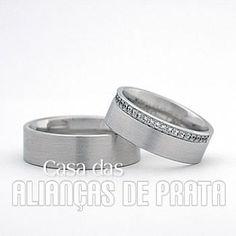 Par de alianças de compromisso em prata 950 Peso aproximado  20 gramas o  par Largura  7.0 mm Pedra  cravejadas de Zirconia Anatômica Acabamento Fosco c01cd8c101