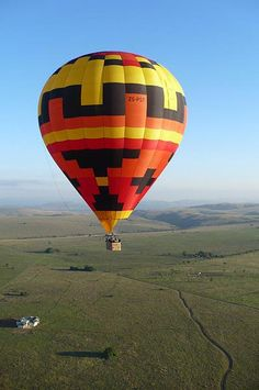Daily balloon flights over the Cradle of Humankind and the Magaliesberg Biosphere Balloon Rides, Hot Air Balloon, Balloon Pictures, Balloon Flights, Outdoor Gifts, Things To Do, Balloons, Around The Worlds, Activities