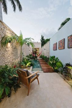Workshop Architecture is a team of talented architects who came up with amazing construction and named it Casa Picasso. It is the best example of architecture. - All About The Casa Picasso By Workshop Architecture