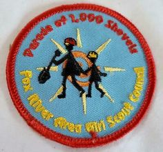 Fox River Area Girl Scouts Patch Parade of 1000 Shovels Girl Scout Sash, Girl Scouts, Girl Scout Patches, Girl Scout Badges, Girl Scout Camping, Girl Scout Juniors, Girl Guides, Vintage Valentines, Vintage Girls