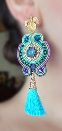 Soutache EARRINGS design by Serena Di Mercione Paper Earrings, Tassel Earrings, Jewelry Crafts, Handmade Jewelry, Handmade Necklaces, Soutache Jewelry, Fabric Jewelry, Pandora Jewelry, Shibori