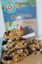 Easy No Bake Granola Bars Dried Blueberries, Dried Cherries, Dried Fruit, No Bake Granola Bars, Blueberry, Cherry, Cooking Recipes, Cookies, Baking