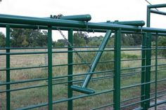 Alley Stop - Backup Bar - P&C Cattle Pens