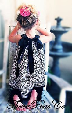 I adore pillowcase dresses and this is one of the prettiest I have ever seen.