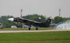 Су-47 Беркут взлёт
