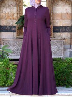 Shirtdress Abaya with Godets - Mode hijab Islamic Fashion, Muslim Fashion, Abaya Fashion, Fashion Dresses, Mode Abaya, Abaya Designs, Womens Maxi Skirts, Islamic Clothing, Hijab Dress