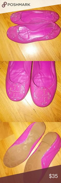 Tory Burch shoes Magenta pink with emblem Tory Burch Shoes Flats & Loafers